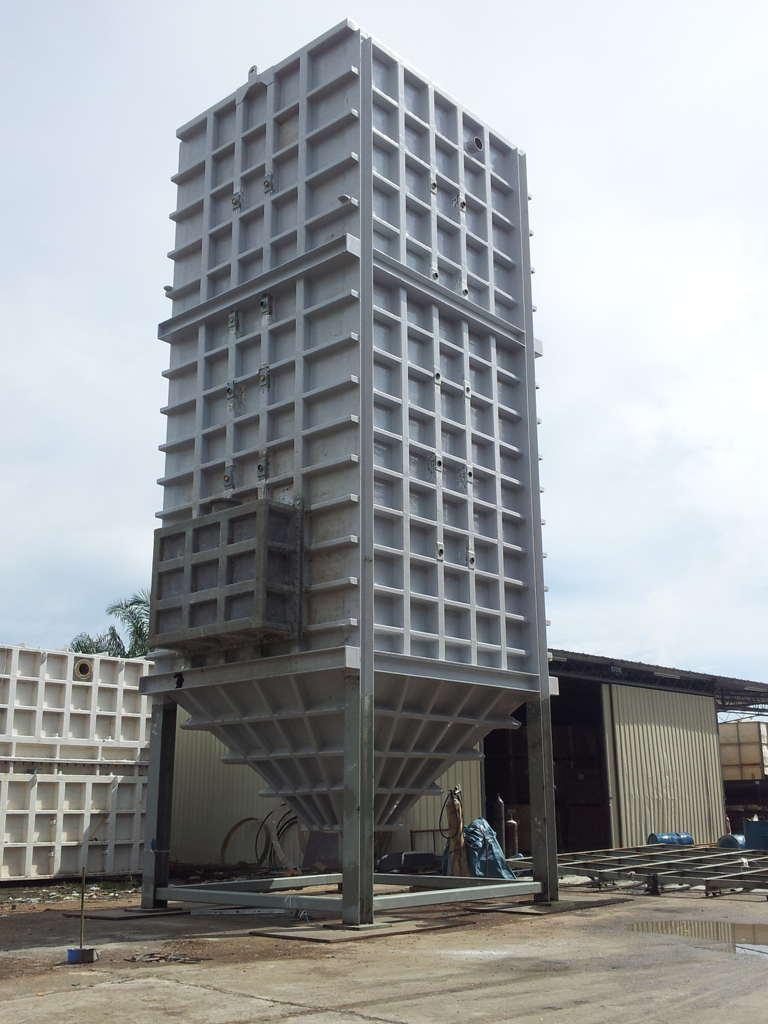 FRP Rectangular, Horizontal & Chemical Storage Tank Malaysia